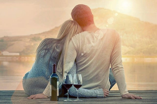 couple-pier